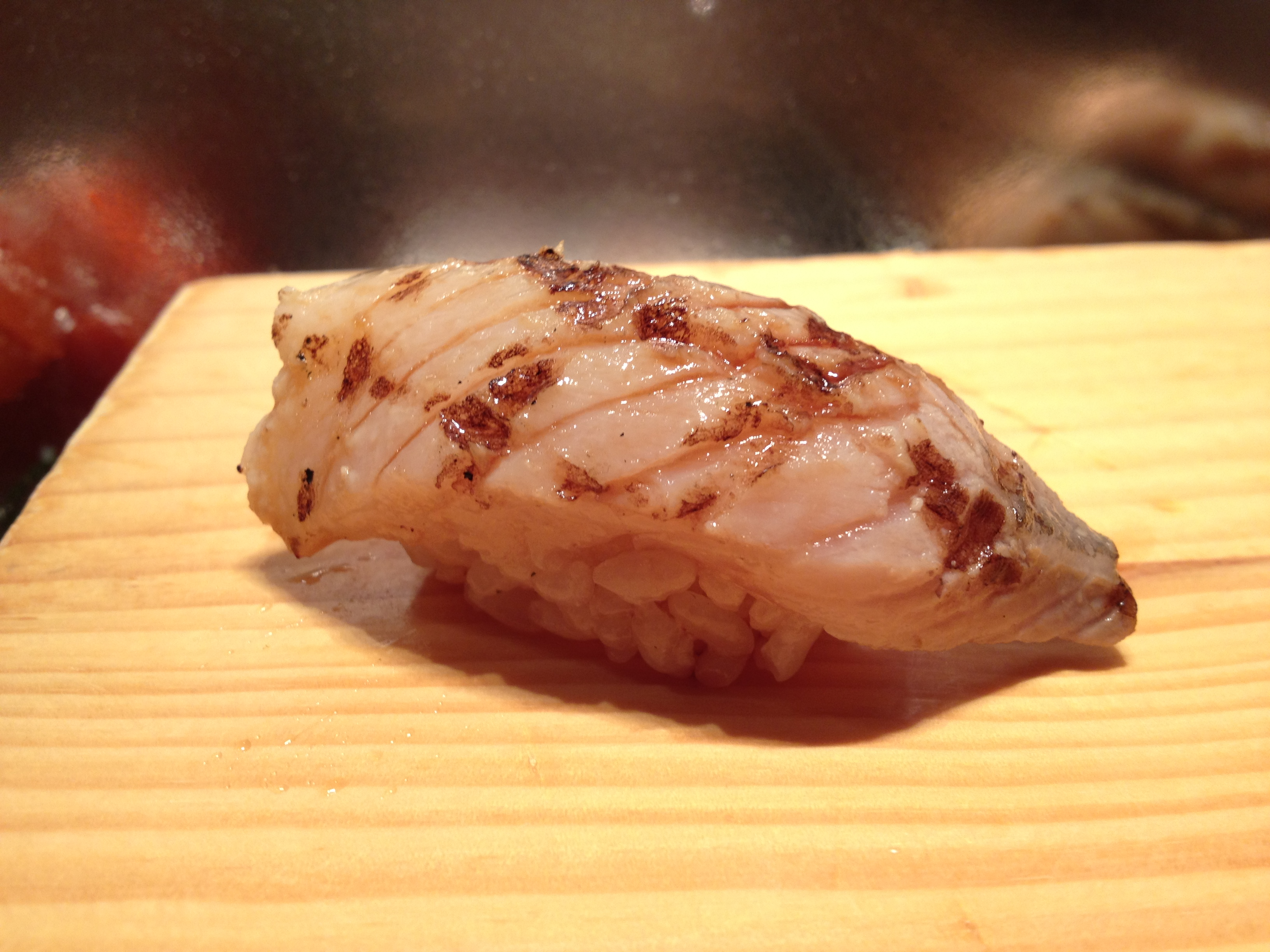 Nyc sushi gari columbus aug 2012 omakase only sushi for Fish n gari