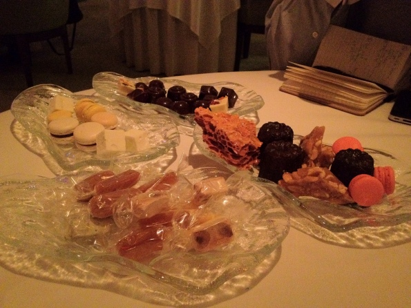 13 Petits-fours