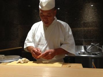21 Yasuda preparing kurumaebi